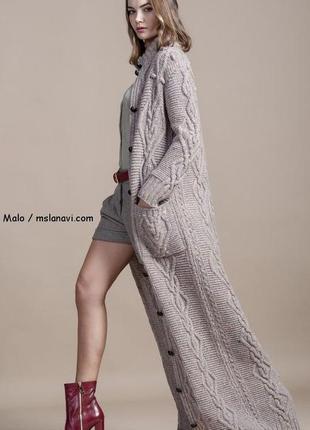 Вязаное пальто кардиган с капюшоном