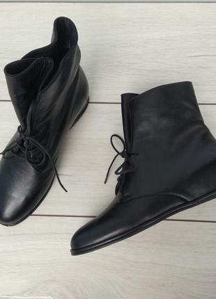 Трендовые демисезонные ботинки  премиум класса stuart weitzman