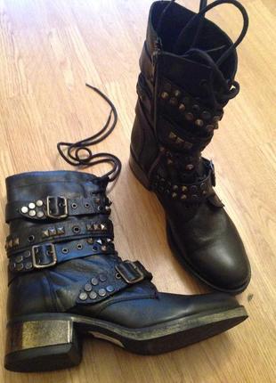 Стильные казаки ботинки осенние весенние кожаные steve madden