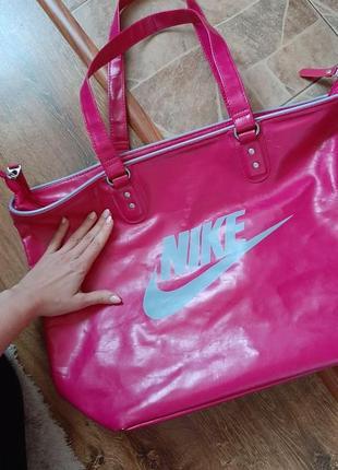 Крутая сумка nike ( оригинал)