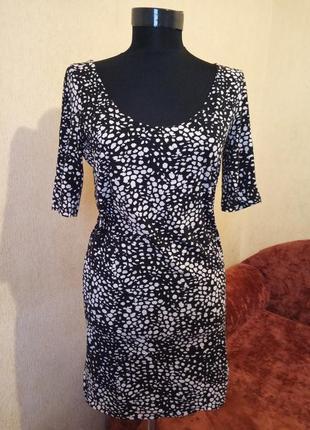 Платье трикотаж в обтяжку h&m basic