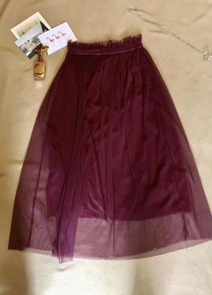 Шифоновая юбка насыщенно бордового цвета