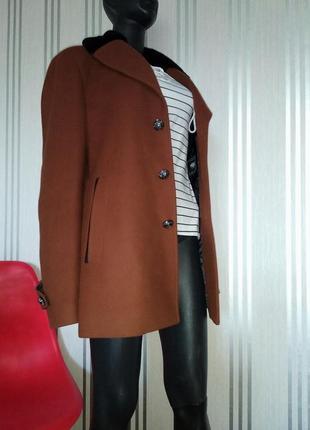Отличное карамельное пальто с мехом винтажное бойфренд   hogl  💔
