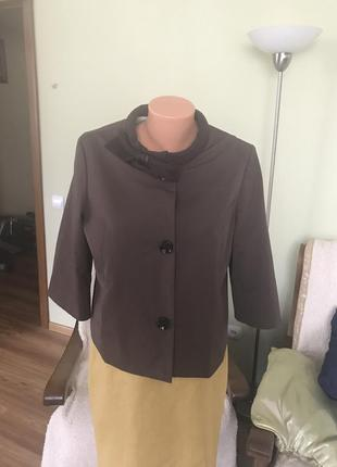 Изысканный пиджачок для солидной женщины dorothee schumacher