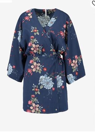 Платье на запах кимоно стильное модное partizia pepe размер s/m