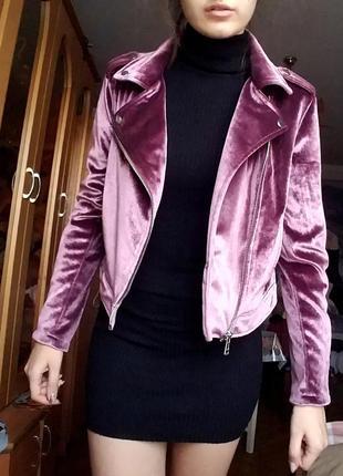 Бархатна курточка від stradivarius l