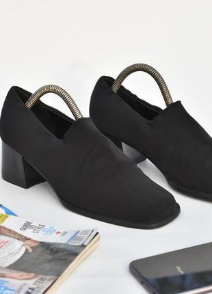 Удобные классические женские туфли черные на осень размер 37