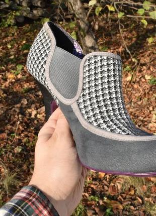 Женские туфли челси на каблуке замшевые в ромб на осень размер 40 качественные!