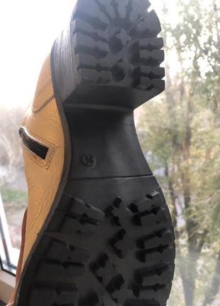 Зимние кожаные ботинки, берцы, на шнуровке. новые.