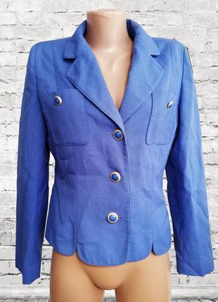 Голубой нарядный пиджак /жакет