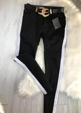 Чорні брюки asos, лампасами, скінні , джинс з лампасами