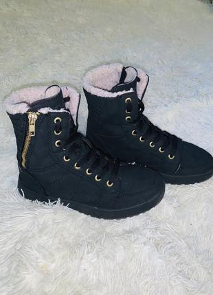 Демисезонные ботинки-кеды venicе оригинал 36 размера!