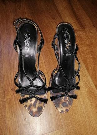 🌺👠🌺красивые леопардовые босоножки 40 р., на высоком каблуке gorgeous🔥🔥🔥