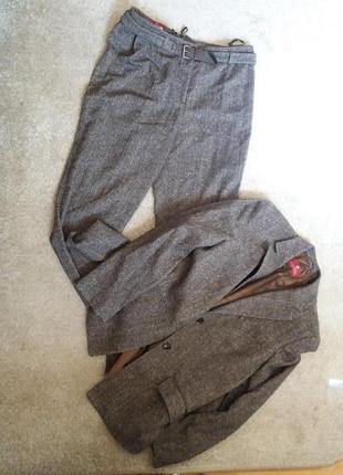 Брючный костюм-деловой стильный-на 48.50.52р шерсть на 50/52р