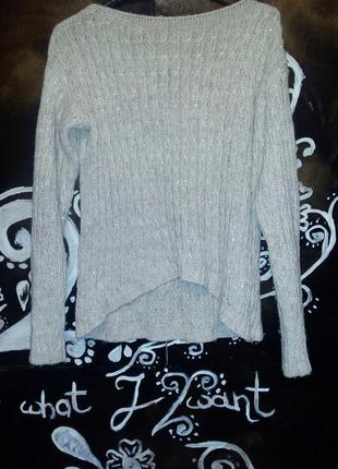 Очень красивая вязанный свитер