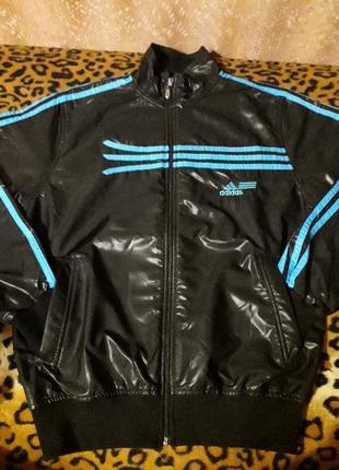 Спортивная курточка на подкладе adidas
