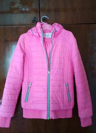 Весенняя куртка для девочки 10-12 лет.