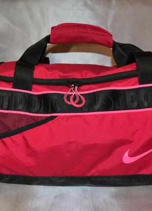 Красная спортивная сумка nike, оригинал