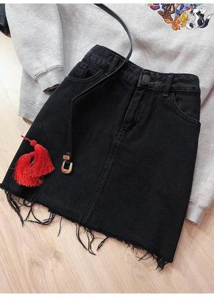 Чёрная джинсовая юбка трапеция с лампасами от denim co