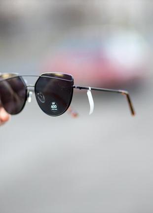 Новые солнцезащитные очки с чёрной оправой orsay