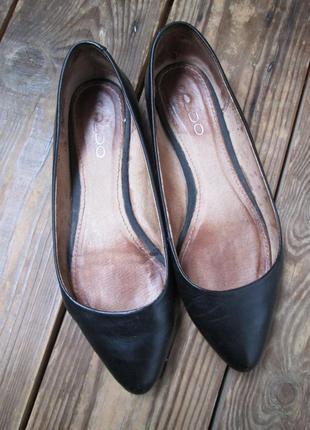 Черные кожаные туфли балетки лодочки aldo р-р 37 натуральная кожа