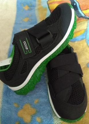 Стильные кроссовки ecco biom