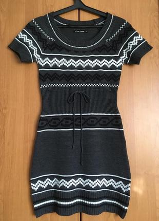 Облегающее вязаное мини платье для осени и зимы one love германия