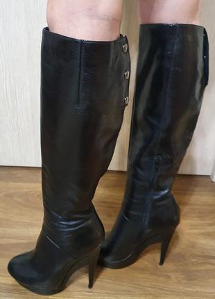 Обалденные осенние сапоги ботфорты на каблуке натуральная кожа