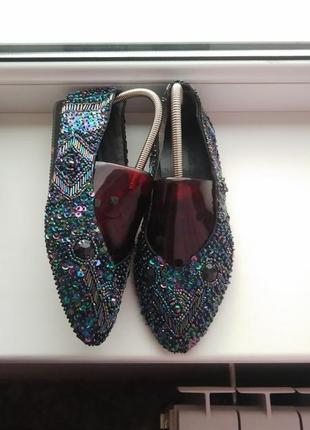 Красивенные,дизайнерские туфли с паетками,designer line