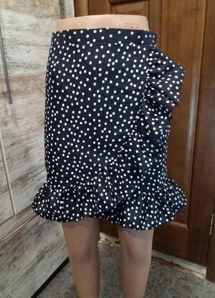 Классная юбка с воланом на запах