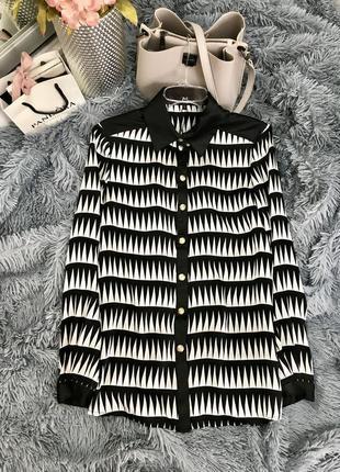 Новая шёлковая струящаяся блуза с английским воротником