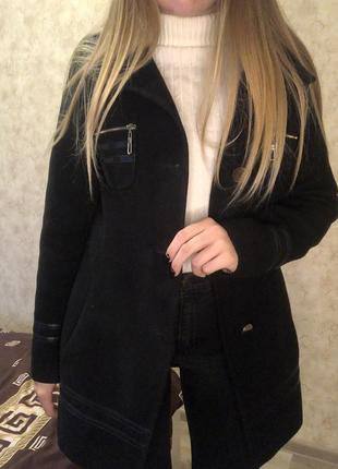 Кашемировое черное пальто