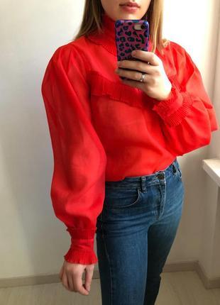 Шикарная блуза из органзы с объёмными рукавами
