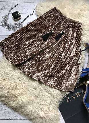 Шикарная яркая золотистая плиссированная юбка миди пышная плиссе бархатная велюровая