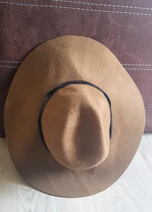 Клевая фетровая коричневая шляпа с кожаной полосой 100% шерсти