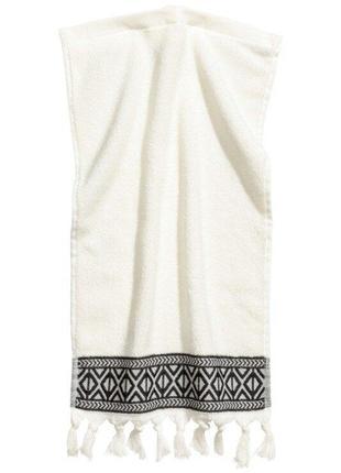 Гостевое махровое полотенце с вышивкой 30х50 h&m оригинал европа швеция