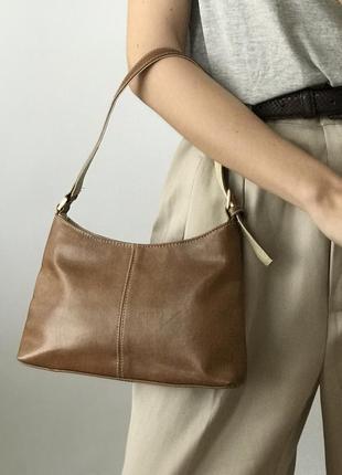 Сумка коричневая на плечо плечевая багет винтажная винтаж ретро мини маленькая