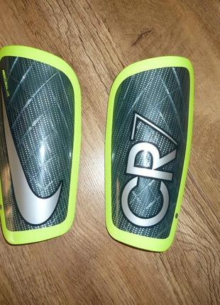 Nike mercurial lite cr7 футбольная защита, щитки найк cr7, высота 21,5 см