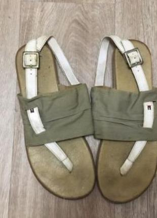 Отличные сандали , босоножки , tommy hilfiger