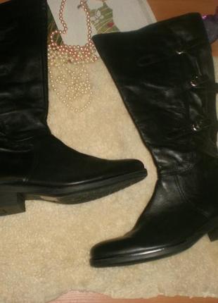 Мегакласні та зручні чобітки polaris 44-й (рідкісний розмір), на широку ніжку та голенище