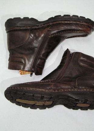 Мужские кожаные зимние коричневые ботинки hush huppies