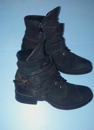 Крутые кожаные зсмшевые ботинки на змейке