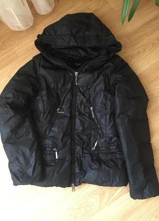 Демисезонная стильная куртка incity с капюшоном, размер м