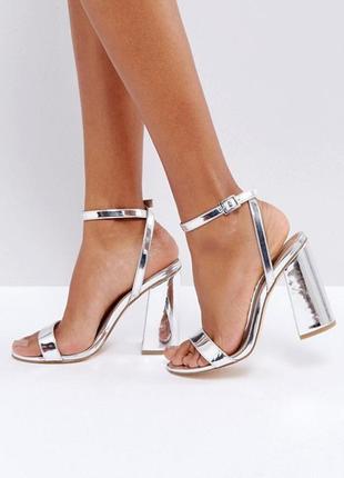 Босоножки на широком каблуке asos