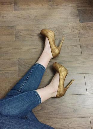 Туфли на каблуке atmosphere