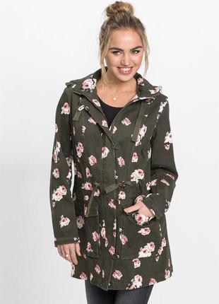 Куртка ветровка цветочным принтом