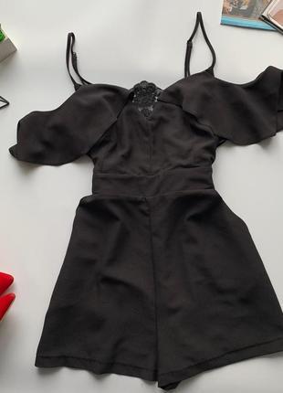 👗ошеломительный чёрный ромпер с карманами/чёрный комбез с открытыми плечами👗