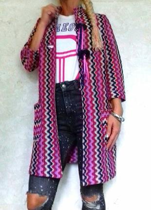 Модный тренч пиджак жакет удлененный в орнамент