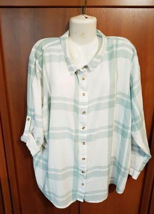Льняная рубашка в клетку размера 60-62.