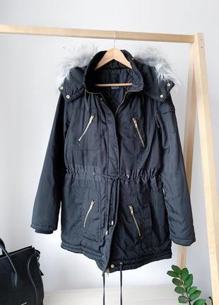 Чорна тепла парка куртка з капюшоном